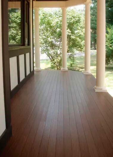 Tarima exterior, porche